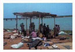 1 AK Mali * Frauen Am Fluß Bei Bamako * IRIS Karte M - 12 - Mali