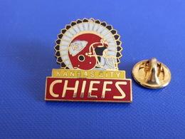 Pin's Foot Football Américain - Kansas City Chiefs (PS28) - Badges