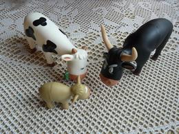 3 Figurines Vache Toute La Famille - Figurines