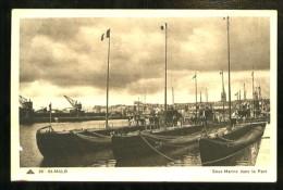 SAINT-MALO - 211 : Sous-Marins Dans Le Port - (Gros Plan Animé) - Sous-marins