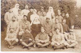 56 Vannes - Carte Photo  Blessés Et Personnel Soignant Hopital Compl N°1 Salle 10 Ecole Nle Des Filles Fevrier 1916.TB é - Vannes