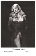 VERONICA LAKE - Film Star Pin Up PHOTO POSTCARD - 27-172 Swiftsure Postcard - Postales
