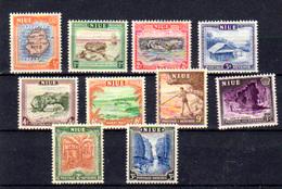 1550, ++ Niue 1950, Vues, 80 / 89**, Cote 18,50 €, Prix 6 € - Niue