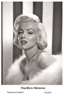 MARILYN MONROE - Film Star Pin Up PHOTO POSTCARD - 201-640 Swiftsure Postcard - Postales