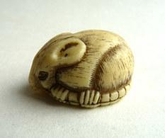 FIGURINE PUBLICITAIRE JACQUET NETSUKE - RAT - Figurines