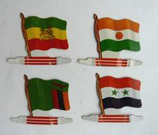 FIGURINES PUBLICITAIRES AFRICORAMA Lot 4 Drapeaux En Métal L'ALSACIENNE - Figurines