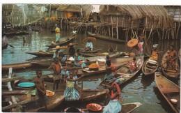 1014 BENIN - DAHOMEY - VILLAGE LACUSTRE DE GANVIE DAHOMEY - PIROGUES - FEMMES & ENFANTS - Benin