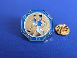 Pin's Marathon New York 1er Novembre 1992 - Norton Sports - Course à Pied Athlétisme (PE45) - Athletics