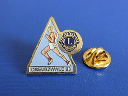 Pin's Lions Club - Creutzwald 93 - Course à Pied Athlétisme (PE60) - Athlétisme