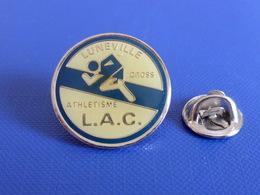 Pin's Luneville Cross LAC - Course à Pied Athlétisme (PE77) - Athletics