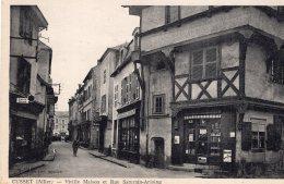 206 - Cpa 03  Cusset - Vieille Maison Et Rue Saturnin Arloing - Frankrijk