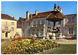 CPM 18 BOURGES Place De La Préfecture 1985 - Bourges
