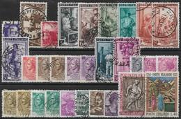 """ITALIE, Période 1929/2002 - Lots De 77 Timbres, """"A SAISIR """" - Neufs & Oblitérés. (voir 3 Scans) - Collections"""