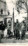 N°64702 -cpa Le Maroc -35è étendard Chérifien Et Sa Garde D'honneur- - Sin Clasificación