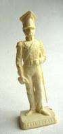 FIGURINE PUBLICITAIRE 1ER EMPIRE -  FLAN IMPERIAL - 8 OFFICIER DES GRENADIERS DE LA GARDE - Figurines