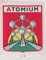 ATOMIUM BRUXELLES EXPO 58 BRUSSEL OUD WAPENSCHID / ANCIEN ECUSSON. Tissu - Textiel - Ecussons Tissu