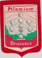 ATOMIUM BRUXELLES EXPO 58 BRUSSEL - OUD WAPENSCHID / ANCIEN ECUSSON. Tissu - Textiel - Ecussons Tissu