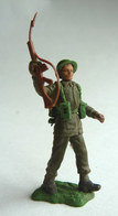 FIGURINE BRITAINS - Swoppet SOLDAT ANGLAIS WWII  FUSIL A LA MAIN BRAS LEVE (1) - Army