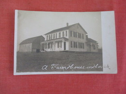 RPPC  To ID-- Farm House In Herrick  UK ????   Ref 3061 - Postcards