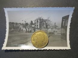 Le Havre - Photo Originale - Rue Thiers Au Carrefour Avec Le Bld De Strasbourg   - Bombardement 5 Septembre 1944 - TBE - - Places