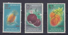 MICHEL NUM 320-322** - SERIE COMPLETE  - 1961 - Indonésie