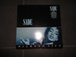 33 T    SADE   DIAMOND/LIFE VOIR PHOTOS - Soul - R&B
