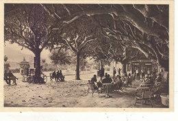 STE.MAXIME : LA PLACE ET LA TERRASSE DU BAR.ANIMEE.1927.B.ETAT.PETIT PRIX.COMPAREZ!!! - Sainte-Maxime