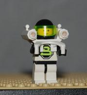 Lego Personnage Space Blacktron 2 Avec Jet Pack Ref Sp055 - Lego Technic