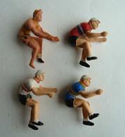 LOT 4 FIGURINES CYCLISTES DIVERS PLASTIQUE SALZA ET ROGER FIGURINE - Figurines