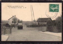 CPA  95    MERY-SUR-OISE---LE PASSAGE A NIVEAU---1913 - Mery Sur Oise
