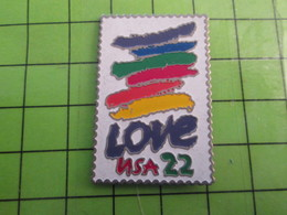1018A Pin's Pins / Rare Et De Belle Qualité / THEME POSTE / TIMBRE POSTE USA 22 CTS LOVE Et Bombardements Un Peu Partout - Mail Services