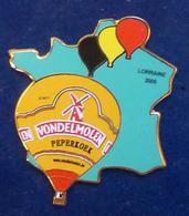 Pins SUPERBE PIN'S MONTGOLFIERE AVEC CARTE DE FRANCE - Airships