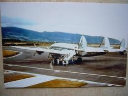 Avion / Airplane / AIR FRANCE / Constellation / Seen At Gillot Airport, La Réunion / PHOTO 10;15 - 1946-....: Modern Era