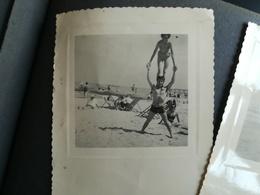 LOT 120 PHOTOS ORIGINALES DONT UN ALBUM DE 30 PHOTOS D UN COUPLE BELGIQUE  ANNÉES MAJORITAIREMENT  1940 À 1960 - Album & Collezioni