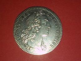 JETON LOUIS XV EN ARGENT 1741 EXTRAORDINAIRE DES GUERRES  Diamètre 28 Mm  6.40 Grammes - Royal / Of Nobility