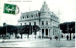 N°64766 -cpa Vitry Le François -caisse D'epargne- - Banques