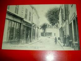 Dun Sur Auron (Cher) La Grande Rue Partie Est / Circulée En 1915 - Dun-sur-Auron