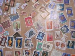 Lot De 80 Timbres Sur L'art : Sculptures, Masques, Poteries, Trésors ... - A étudier - Arts
