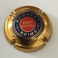 94 - Capsule De Champagne - Pommery Reims, Contour Or, Cercle Bleu, Centre Rouge, Brut Royal - Pomméry