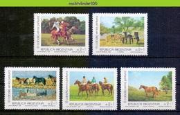 Mms006 FAUNA PAARDEN ZOOGDIEREN POLO MAMMALS HORSES PFERDE CHEVAUX ARGENTINA 1988 PF/MNH # - Chevaux