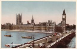 AR82 Houses Of Parliament And Westminster Bridge, London - Houses Of Parliament