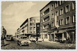 DUNKERQUE - Place Jean-Bart (côté Sud) Et Boulevard Sainte-Barbe - Société Générale - Simca - Cyclistes - Dunkerque
