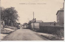 FERRIERES Par Ailly Sur Somme - L'école Et La Route  PRIX FIXE - France