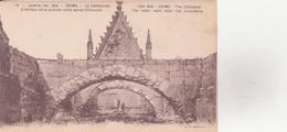 CPA - 71. Guerre De 1914. REIMS La Cathédrale, Extérieur De La Grande Voûte Après L'incendie - Reims
