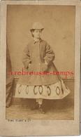 CDV Mode Second Empire-femme Avec Manteau Sur Robe Et Chapeau-photo Numa Blanc - Anciennes (Av. 1900)