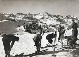 Préparatifs De Descente à Skis - Saint-Gervais, Au Mont D'Arbois - Carte Yvon - Winter Sports