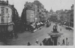 CLERMONT-FERRAND - LA PLACE GAILLARD ET L'AVENUE DES ETATS-UNIS - BELLE ANIMATION AVEC TRAMWAY - 1946 - Clermont Ferrand