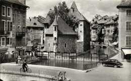Le Vieil ANNECY  Le Palais De L'Isle  Simca Aronde RV - Annecy-le-Vieux