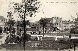 59 ROSENDAËL (quartier De Dunkerque) - Place De La République - Très Animée - Dunkerque