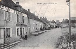 C P A Eure 27 Rouvray Place Du Champ De Foire L'auberge Commerce De Vin - Autres Communes